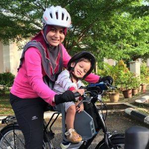 Ana Raffali Dan Anaknya