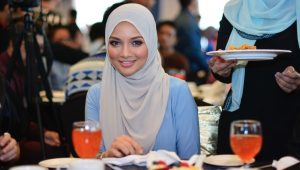 Juadah Berbuka Puasa Pilihan Artis Malaysia