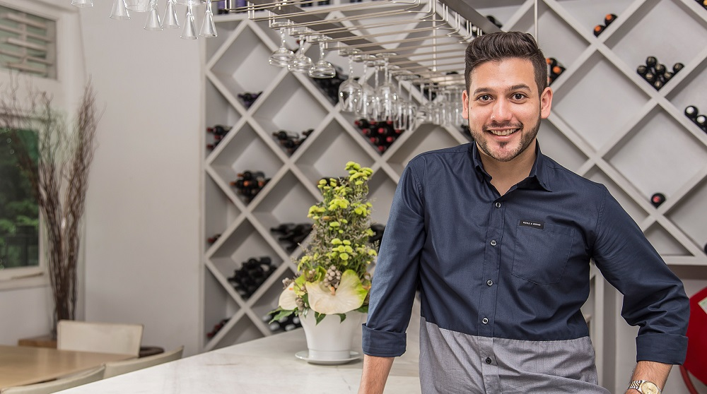 Chef Nik Michael Imran Yang Kacak Bergaya