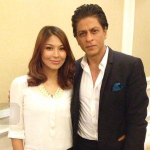 Dahlia Shazwan Bergambar Bersama Shah Rukh Khan
