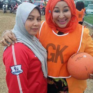 Datuk Nuriz Aktif Bermain Bola Jaring