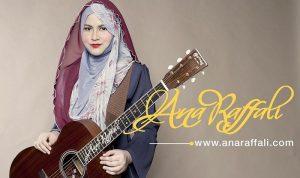 Biodata Ana Raffali, Artis Dengan Trademark Berbaju Kurung