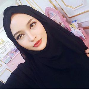Gadis Melayu Cantik Joy Revfa