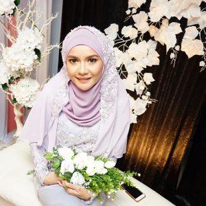 Gambar Ezza Yusof Di Majlis Pertunangan Dengan Remy Ishak