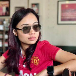 Gambar Gadis Manchester United Zetty Hot FM