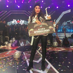 Pemenang Rockanova Mel Atau Malisa J