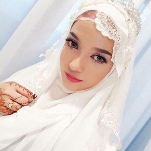 Wanita Melayu Paling Cantik Joy Revfa