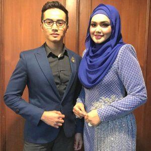 Zoey Rahman Bergambar Dengan CTDK