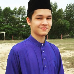 Gambar Amir AF Berbaju Melayu Tradisional