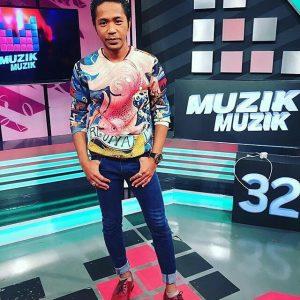Hazama Ketika Perform Di Muzik Muzik