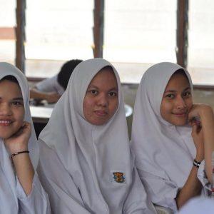 Eyra Hazali Sewaktu Zaman Sekolah Menengah