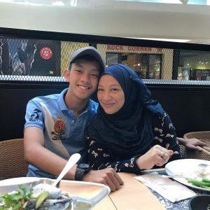 Ismail Izzani Dan Ibunya