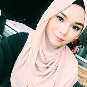 Natasha Elyzza Cantik Berhijab