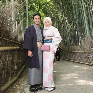 Pasangan Zahiril Adzim Dan Shera Aiyob Memakai Pakaian Tradisi Jepun Dan Kimono