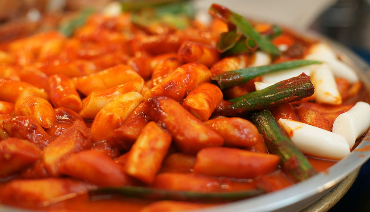 Tteokbokki (Spicy Rice Cakes)
