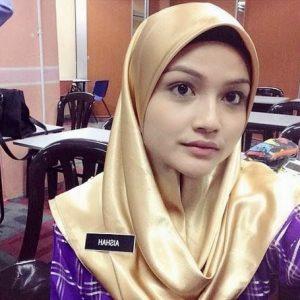 Cikgu Puteri Aishah Comel