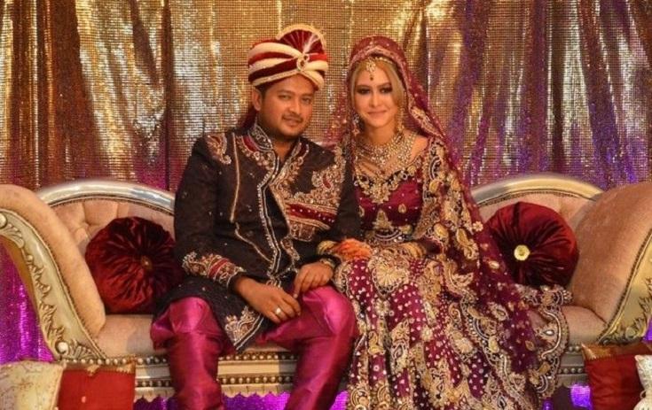 Foto Kahwin Eina Azman Dan Suami Datuk Paduka Kaiser Gurmeet