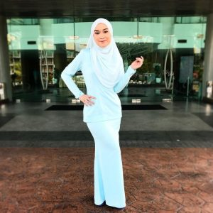 Gambar Penuh Hani Fadzil Era FM