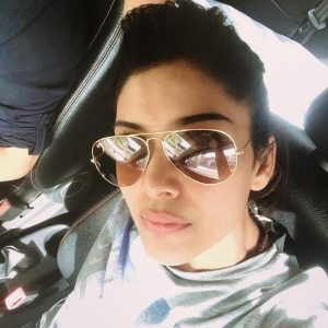 Gambar Selfie Sangeeta Krishnasamy