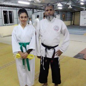 Sangeeta Krishnasamy Berlatih Karate