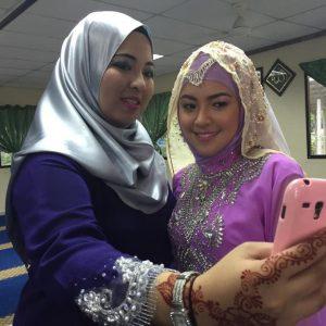 Selfie Ketika Majlis Perkahwinan Baby Shima