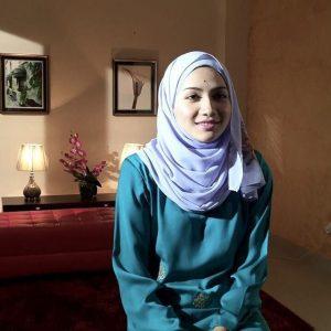 Aishah Azman Berbaju Kurung