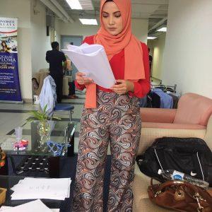 Gambar Nina Iskandar Berhijab