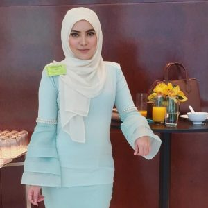 Nina Iskandar Pelakon Brunei