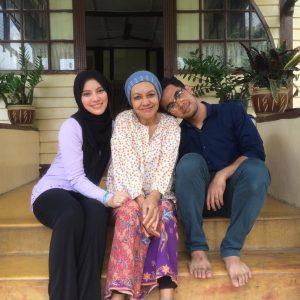 Nina Iskandar Pelakon Drama Malaysia