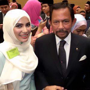 Nina Iskandar Dan Sultan Hassanal Bolkiah