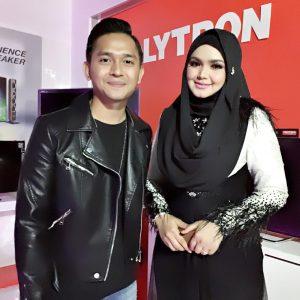 Pelakon Alif Hadi Dan Datuk Siti Nurhaliza