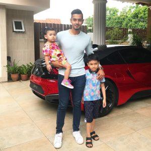 Raf Yaakob Dan 2 Anaknya