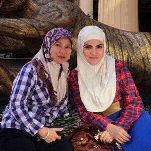 Sultan Hassanal Bolkiah Dan Mama Tersayang