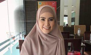 Biodata Elyana, Penyanyi Yang Pernah Popular Dengan Lagu Kalis Rindu