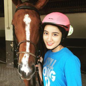 Nynaa Harizal Gadis Tunggang Kuda Polo