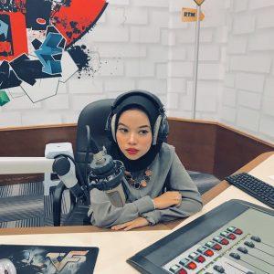 Rose Nicotine Di Konti Radio