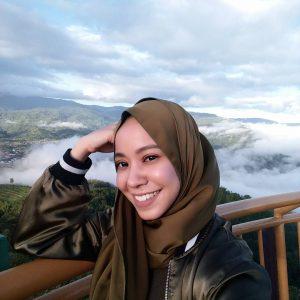Gadis Comel Hana Ismail