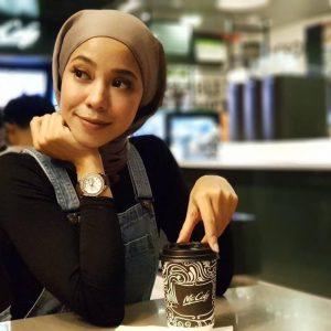 Hana Ismail Dan Kopi MacD