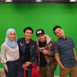 Hana Ismail Dan Krew PM Live