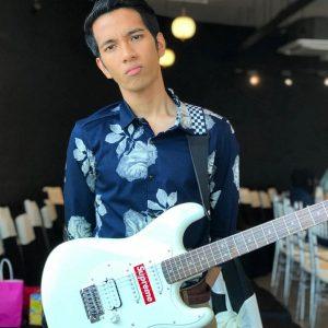 Naim Daniel Penyanyi Baru