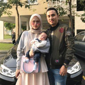 Gambar Keluarga Asyalliee Dan Suami