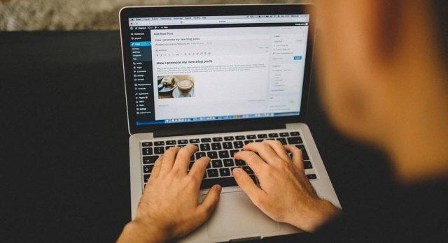 Perkhidmatan / Servis Bina Blog Sendiri