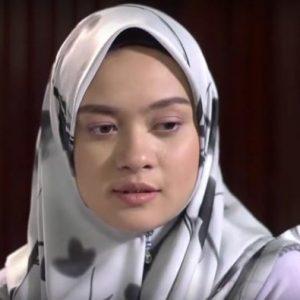 Syainie Aida Bertudung
