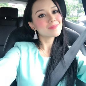 Doria Rachel Jolly Driving Kereta