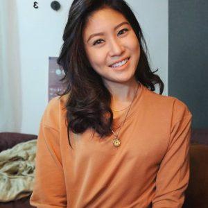 Elizabeth Tan Gadis Cina Comel