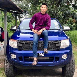 Foto Afieq Shazwan Bergaya Dengan Kereta FWD
