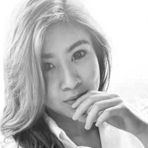 Gambar Cover Elizabeth Tan