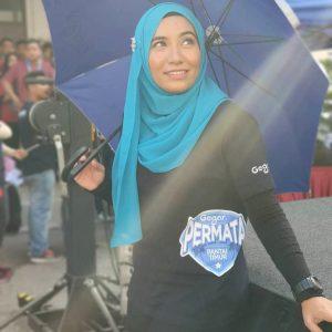 Gaya Jilbab Anna Aljuffrey