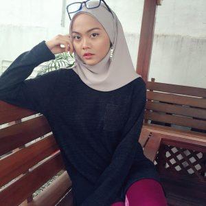 Gaya Wanita Student Muna Shahirah