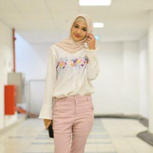 Selebriti Melayu Hijab Atikah Suhaime